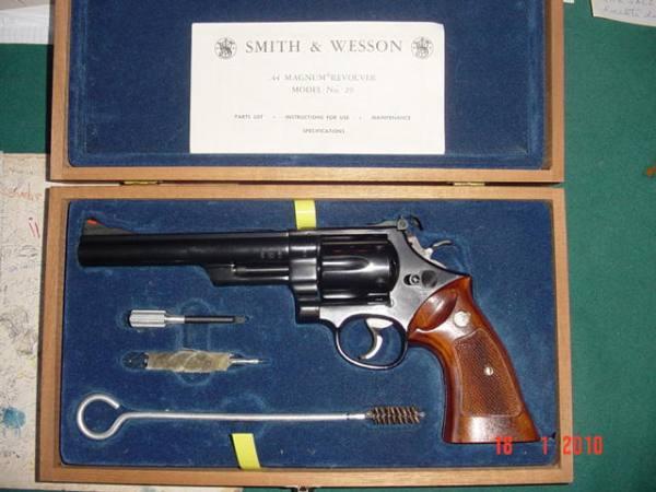 SMITH & WESSON Mod. 29 6 ½ cal. 44 magnum